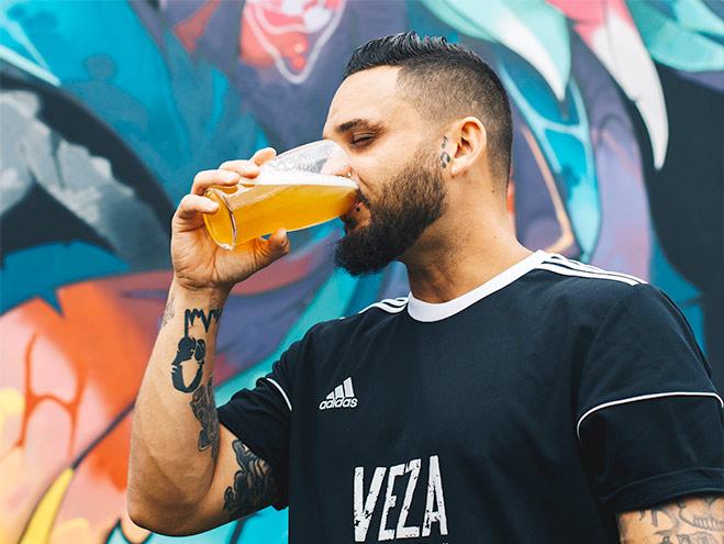 icon 品尝啤酒